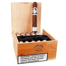La Gloria Cubana Serie Esteli No 64 Box of 18